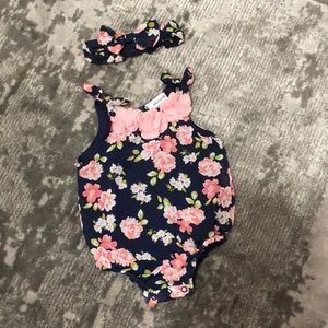 🌻3/20$Daisy Fuentes Floral Outfit Size 3-6 Months